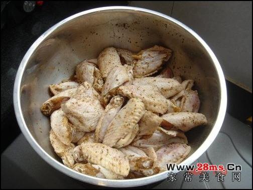电饼铛烤鸡翅的做法(电饼铛食谱)