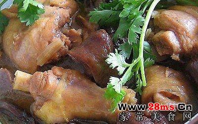 蘑菇炖鸡汤