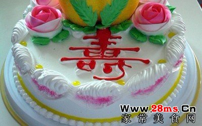 大寿生日蛋糕的做法