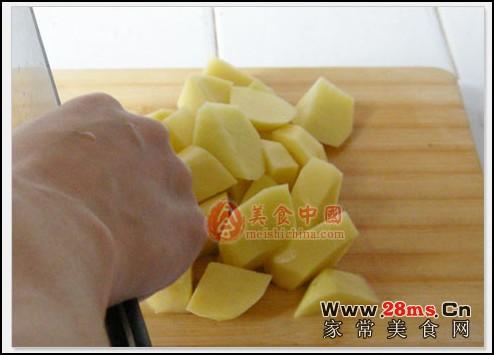 步骤1,土豆洗干净切块