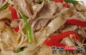 广式美味辣味干炒牛河