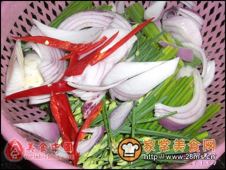 绿野仙踪鲍鱼片香炒韭菜花