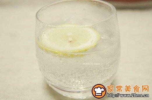 雪碧柠檬冰饮