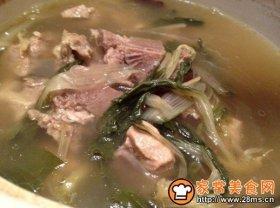 白菜干猪骨汤