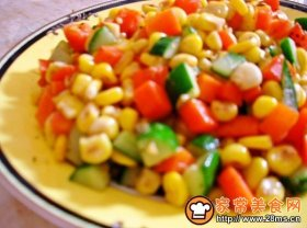 胡萝卜玉米炒黄瓜