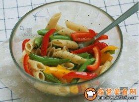 彩椒甜豆通心粉沙拉