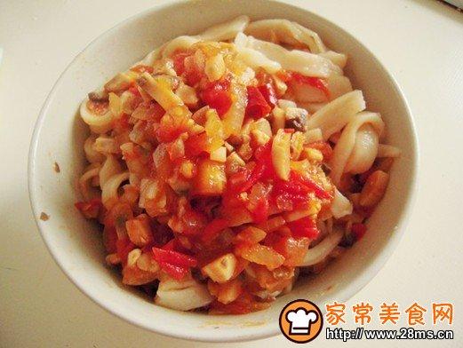 番茄洋葱蘑菇酱手擀面