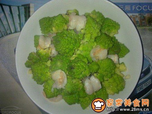 宝塔花菜炒虾球