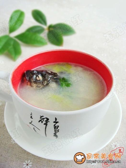 鲫鱼白菜汤的做法