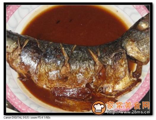 跟着家常美食网的做法图解来做这道红烧鲅鱼吧