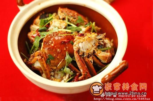 跟着家常美食网的做法图解来做这道香辣蟹吧