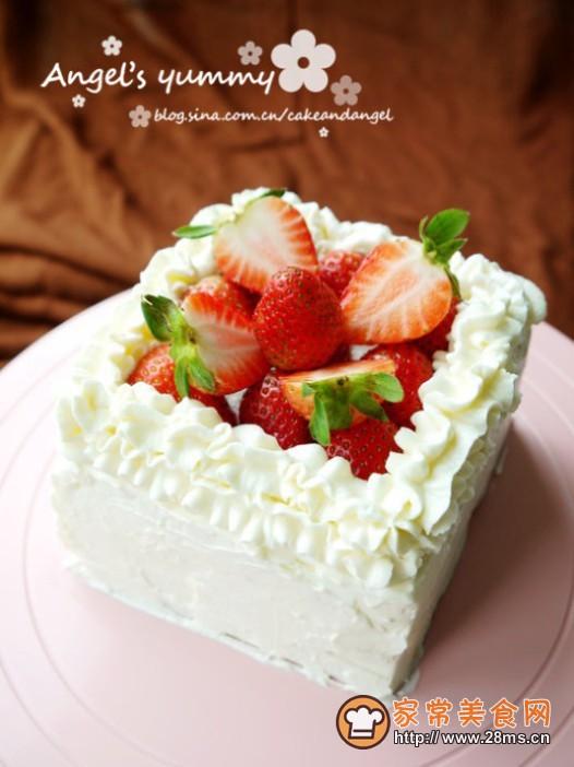 鲜奶油草莓蛋糕的做法