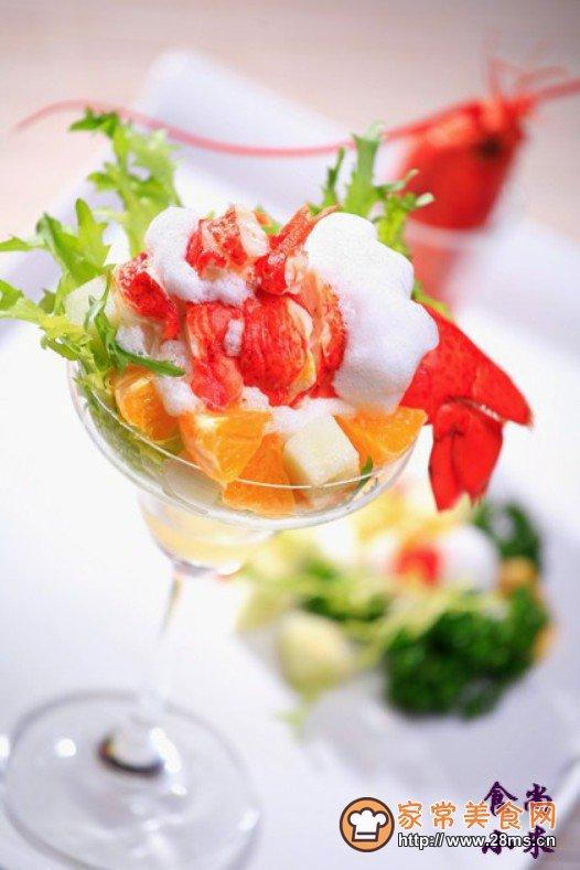 加拿大龙虾雪花鲜果的做法 怎么做加拿大龙虾