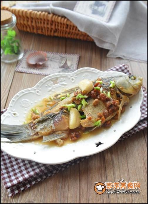 黄豆/黄豆酱焖鱼