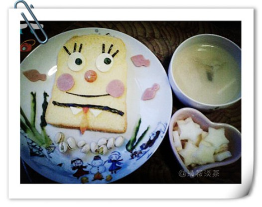 茶茶的创意早餐海绵宝宝的做法