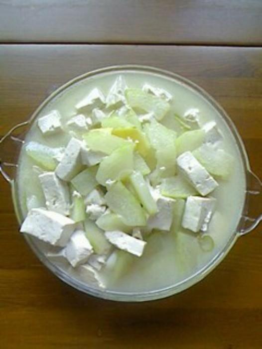 冬瓜炖豆腐的做法