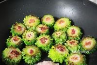 日式挂浆灌肉苦瓜圈的做法步骤5