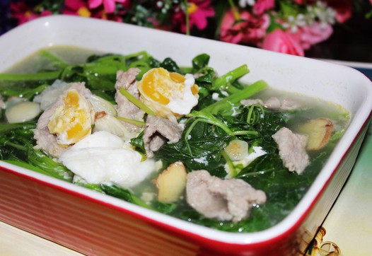咸蛋肉片苋菜汤的做法