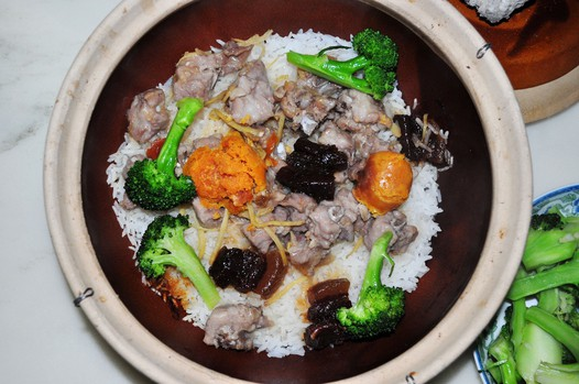 砂锅排骨饭的做法