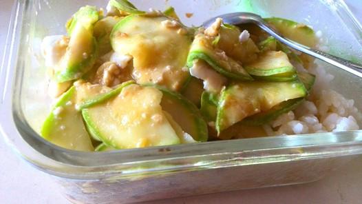 咸蛋黄�h小瓜的做法
