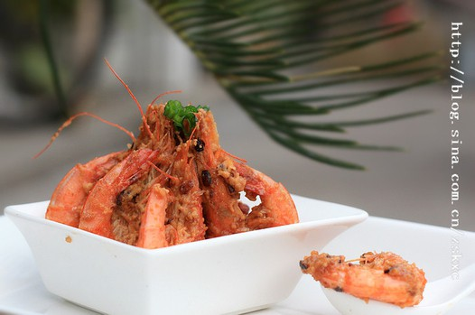 蒜香金沙虾的做法