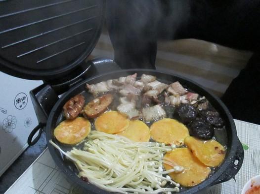 电饼铛 韩式烤五花肉的做法