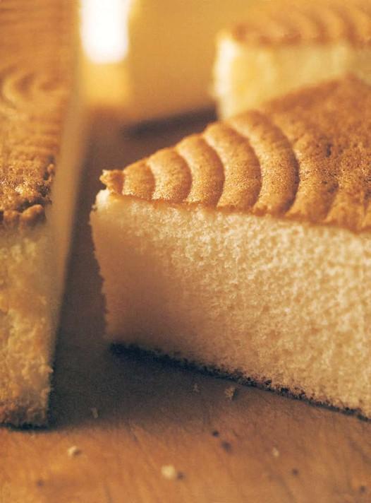 基础海绵蛋糕(2)的做法
