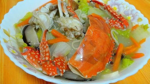 家常美食网为您提供螃蟹白菜煮面条的家常做法大全,只要按照图文步骤