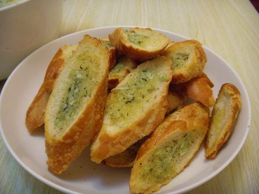 香蒜面包的做法