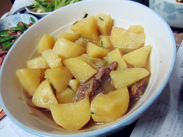 电饭煲版土豆炖牛肉的做法