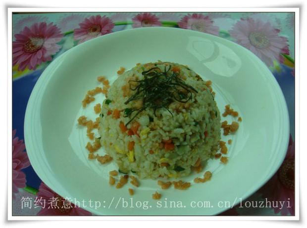 腌鲑鱼炒饭的做法图片