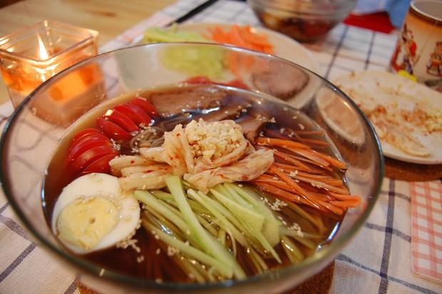 热汤冷面的做法