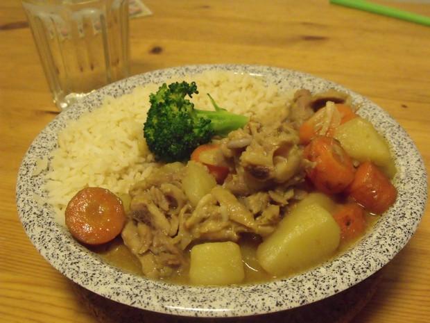 咖喱鸡肉饭(鸡汤法)的做法