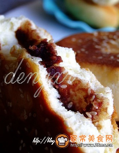 感;   2、发面饼的馅料可以根据自己的口味喜好,自由搭配添加.我图片