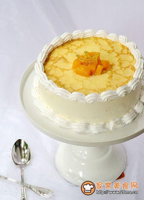 是不是很漂亮的生日蛋糕了,在生日的时候,端出来,是不是让你面图片