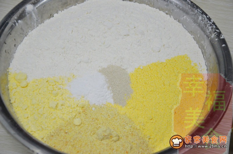 咸鱼四合面玉米饼子的做法