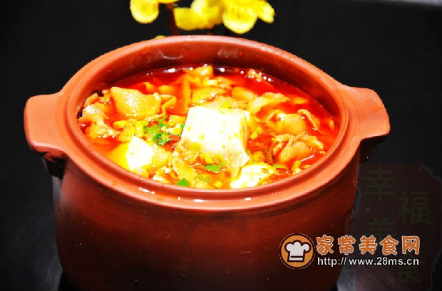红九九火锅底料20克,酱油5克,盐和鸡粉适量 教您香辣豆花肥羊的家常