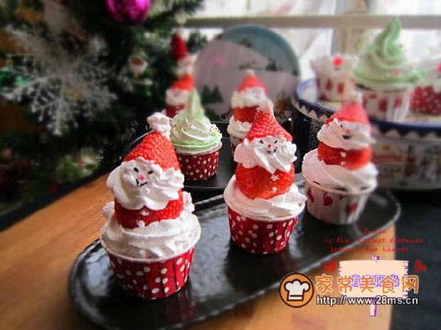 圣诞老人巧克力纸杯小蛋糕的做法