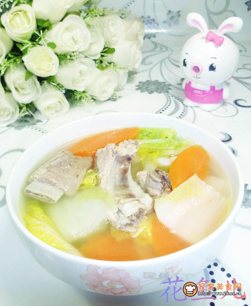 胡萝卜娃娃菜排骨汤的做法