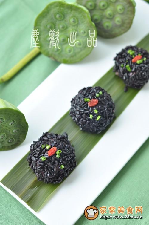 热菜糯米珍珠丸子需要哪些食材?家常美食网为您提供家常热菜