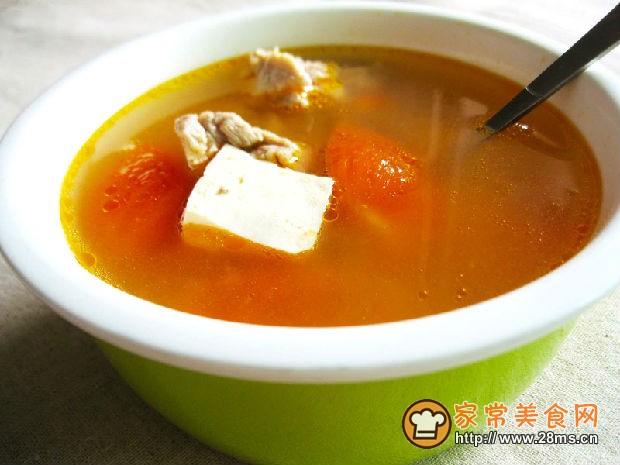 孕期美食番茄排骨豆腐汤的做法