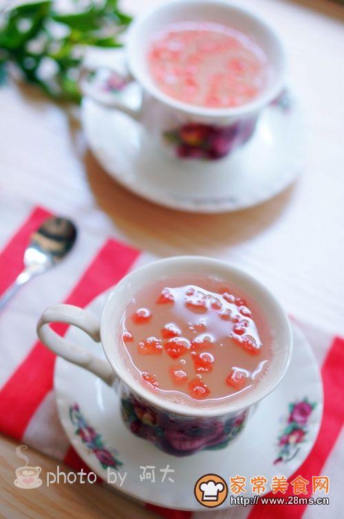 家常美食网为您提供西瓜米酒小汤圆的家常做法大全,只要按照图文步骤