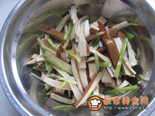 简单小凉菜凉拌豆干的做法