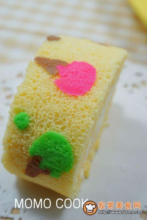 激凌模样的彩绘蛋糕卷的做法