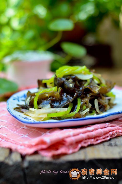 洋葱木耳经典小凉菜的做法