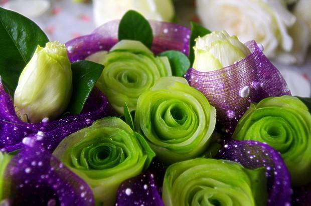玫瑰花瓣碎片素材