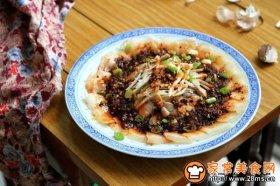 四川名菜蒜泥白肉