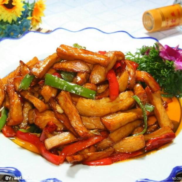 美味菜谱:白萝卜炖豆腐
