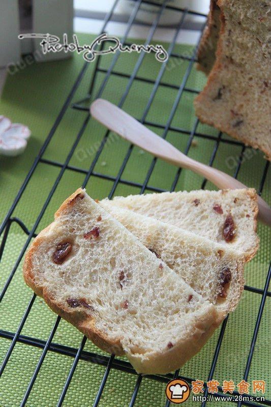 中种吐司面包的做法_奶酪果干面包中种面包机版的家常做法 - 家常美食网