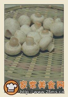 做法牛肉汤的牛肉_做蘑菇蛏子汤_做蘑菇干和什么煮汤图片